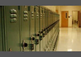 b4eea6db8af57e76927044a9879b-should-middle-school-students-have-lockers